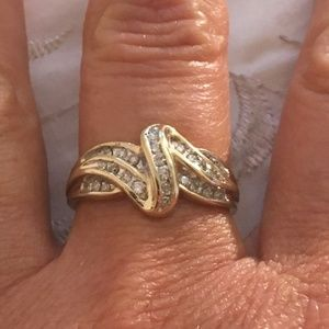 Solid 10K Yellow Gold Diamond Swirl Ring